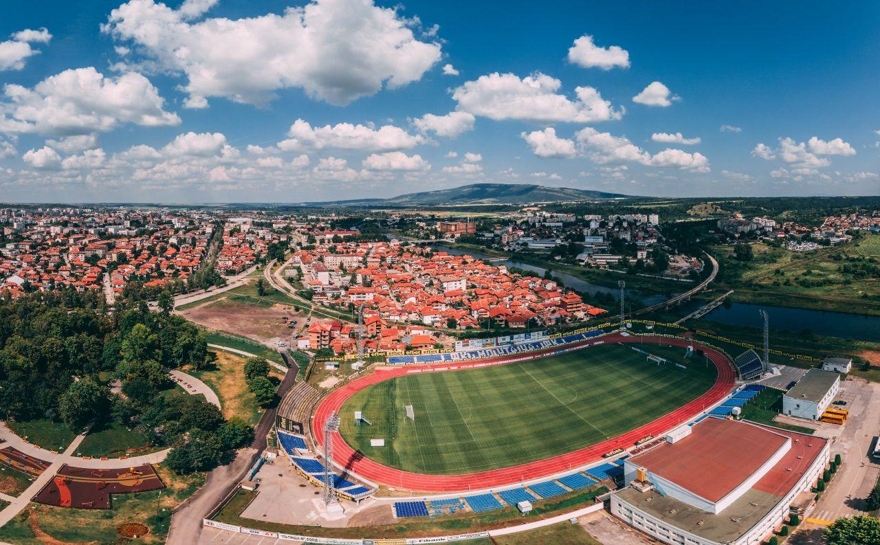 """От """"Осана"""" до """"Разпни го"""" футболният спорт в Монатна навърши 100 години"""